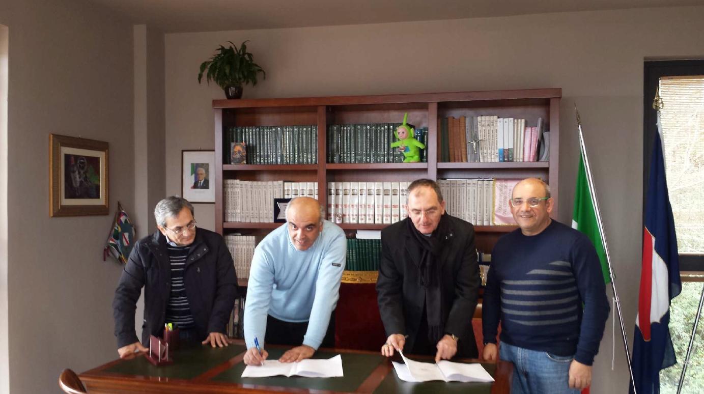 Protocollo d\'intesa tra la Diocesi e il Comune di Santa Marina per il restauro della Concattedrale